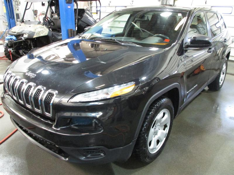 2015 Jeep Cherokee 4WD 4dr Sport #FW685896A