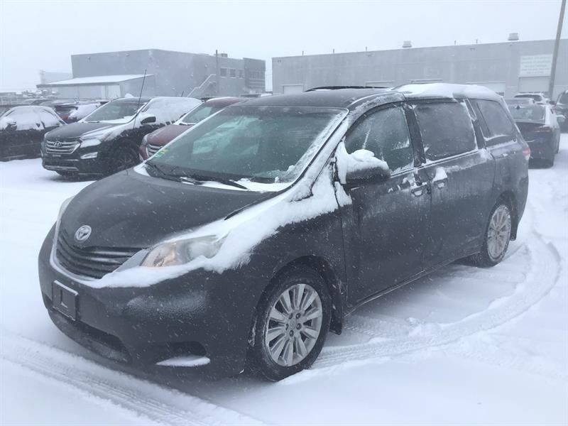 Toyota Sienna 2011 sl awd  #9504