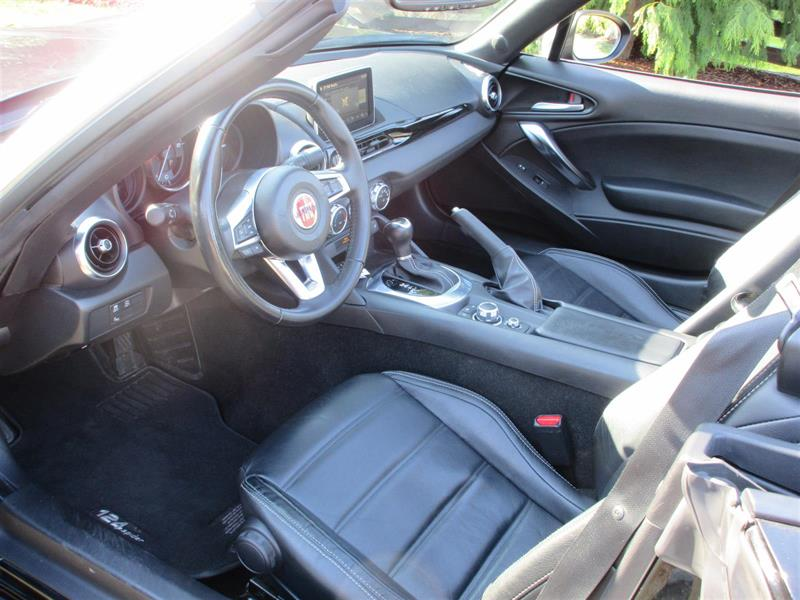 Fiat 124 Spider 16