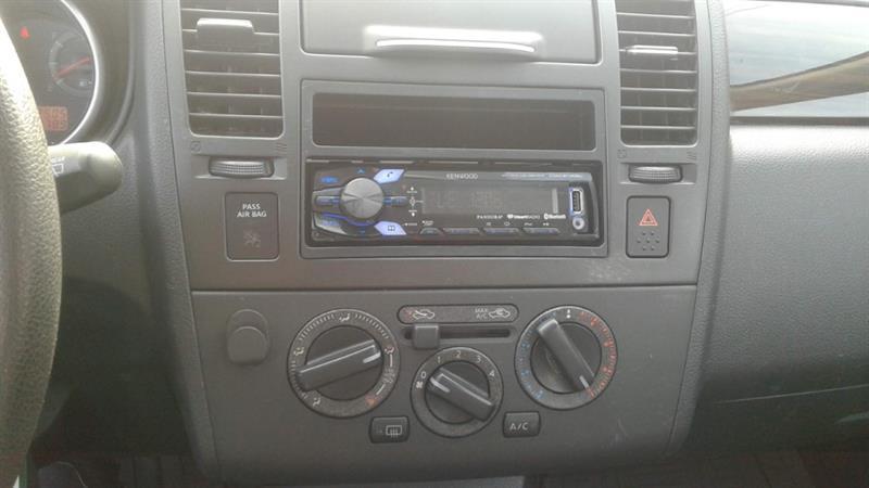 Nissan Versa 16