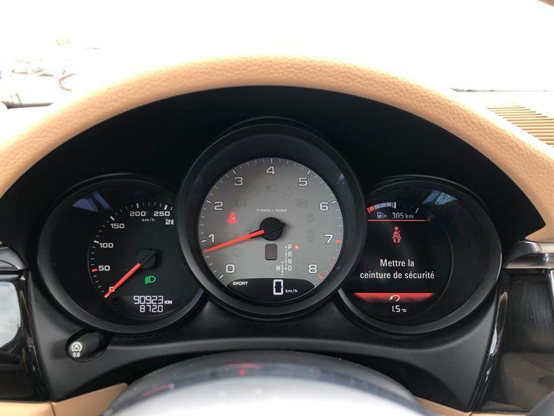 Porsche Macan 21