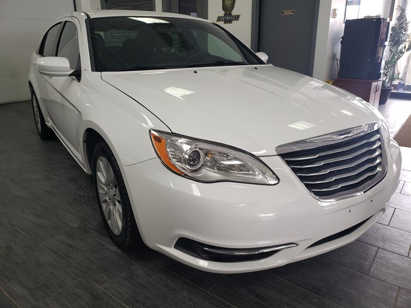 Chrysler 200 2014 LX #EN231926