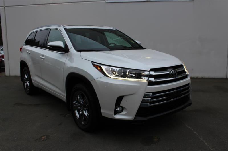 2018 Toyota Highlander AWD Limited - Power Moonroof. Navigation #12877A (KEY 106)