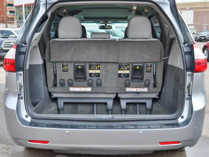 Toyota Sienna 29