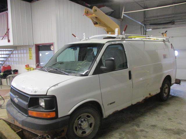 2003 Chevrolet Express Cargo Van 3500 135 WB RWD #1175-1-65
