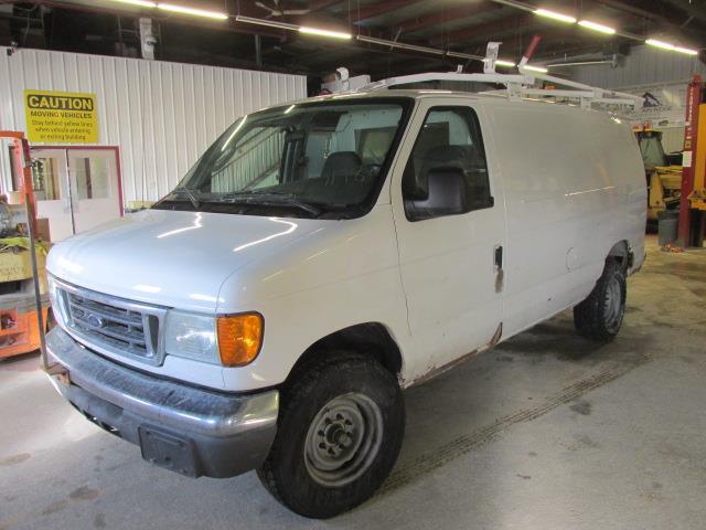 2006 Ford Econoline Cargo Van E-250 #1175-1-68
