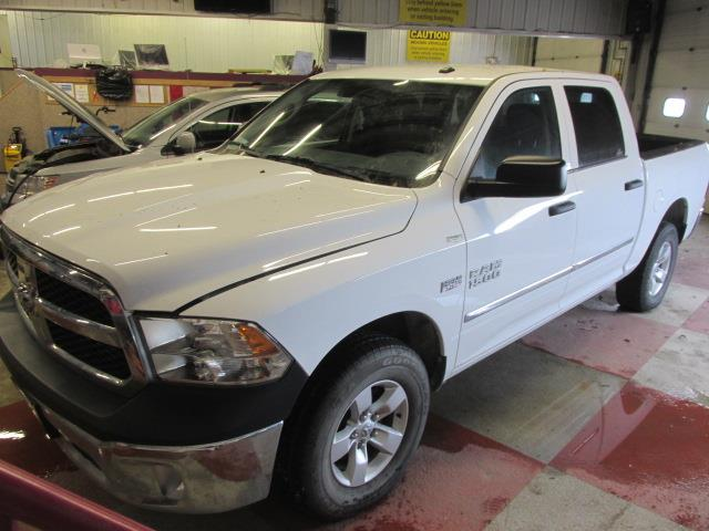 2014 Ram 1500 4WD Crew Cab 140.5 ST #1176-2-60
