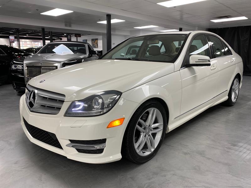 Mercedes-Benz Classe-C 2013 C300 4MATIC LUXURY #SN7215