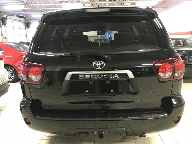 Toyota Sequoia 5