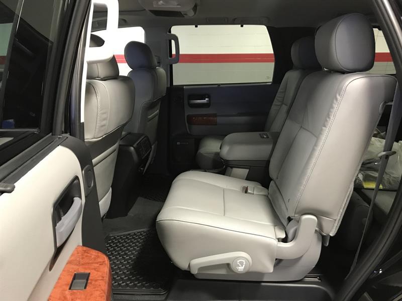 Toyota Sequoia 7