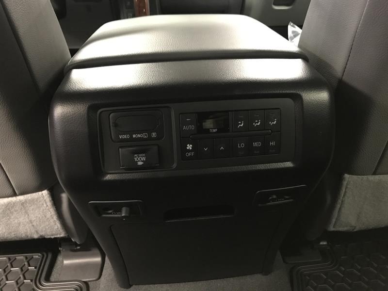 Toyota Sequoia 9