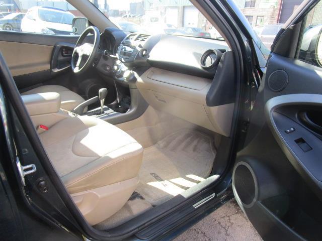 Toyota RAV4 4WD 13
