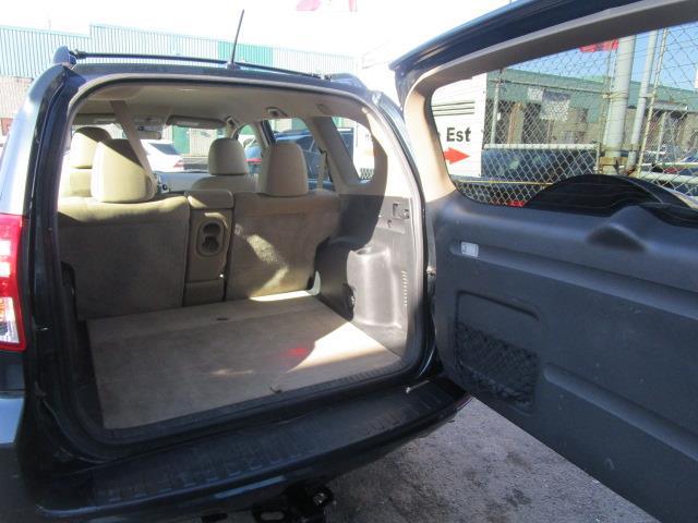 Toyota RAV4 4WD 17