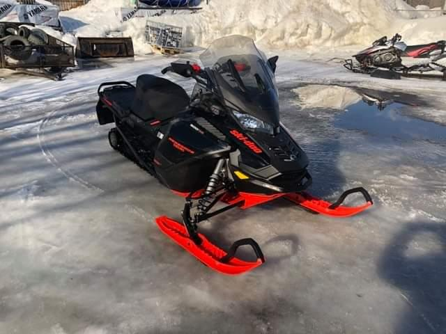 Skidoo Renegade Enduro 900 2020