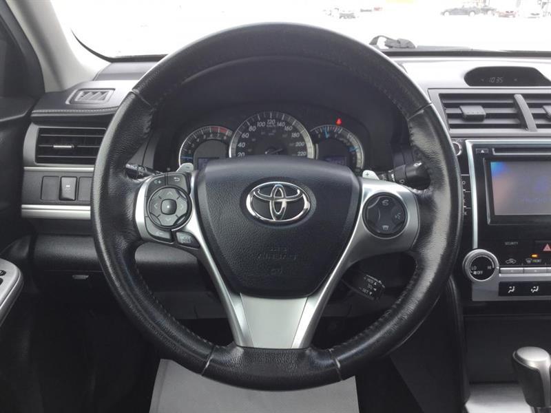 Toyota Camry 14