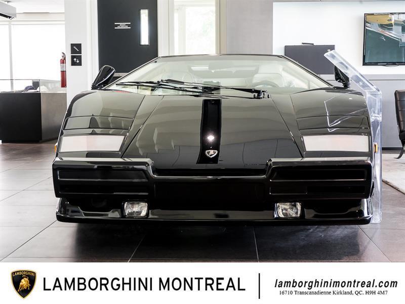 Lamborghini Countach 2