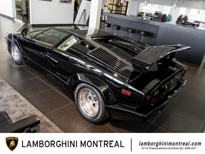 Lamborghini Countach 8
