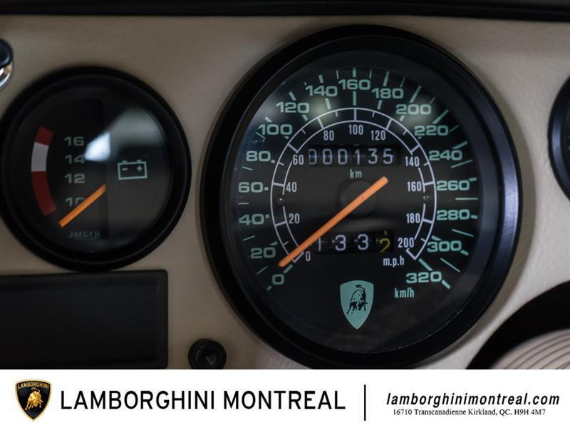 Lamborghini Countach 11