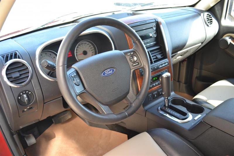 Ford Explorer 4X4 7