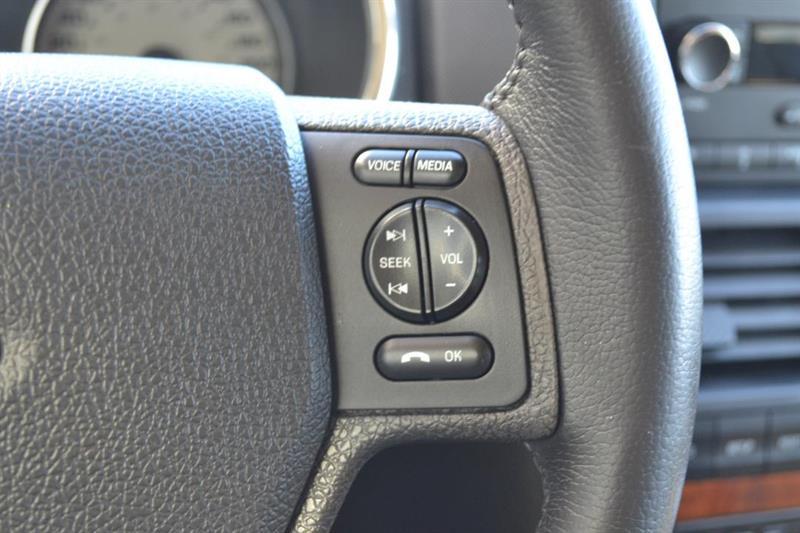 Ford Explorer 4X4 12