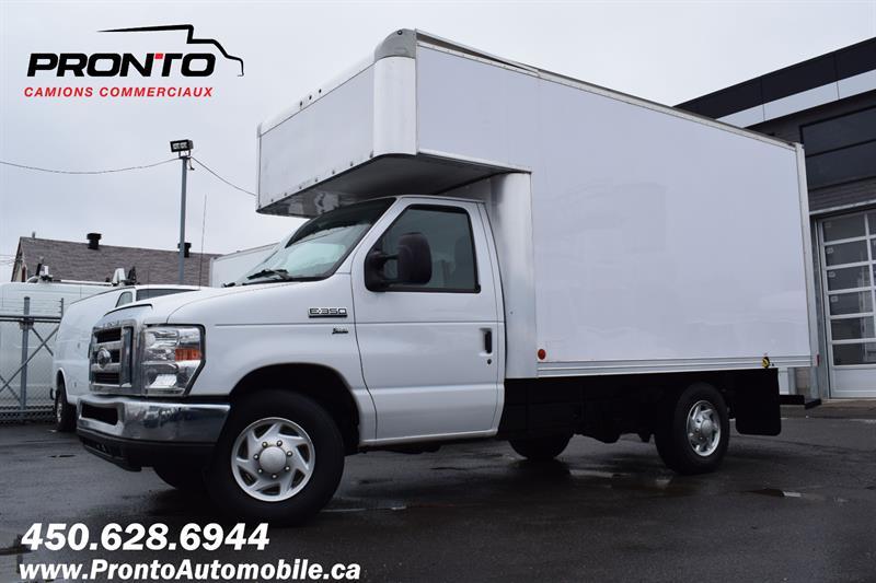 Ford E350 Cube 12 Pieds 2012 ** 5.4L ** Cube Deck ** Excellentes conditions **  #1263