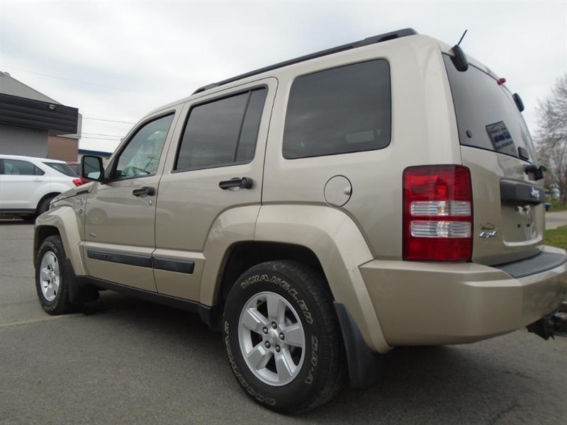 Jeep Liberty 6