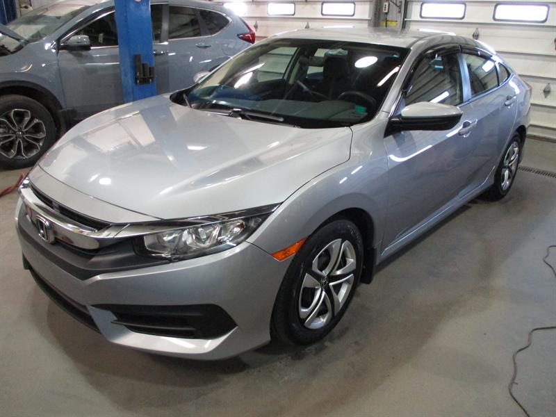 Honda Civic Sedan 2018 LX CVT #JH005444A