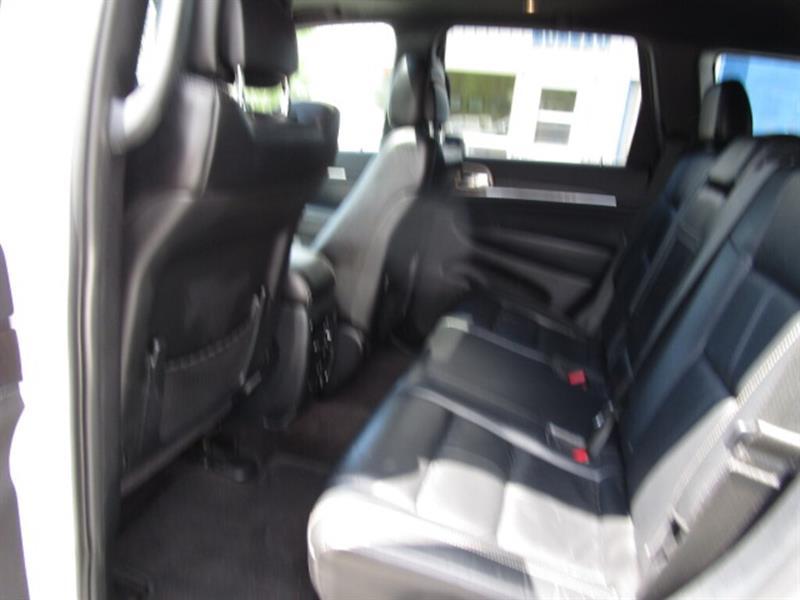 Jeep Grand Cherokee 30