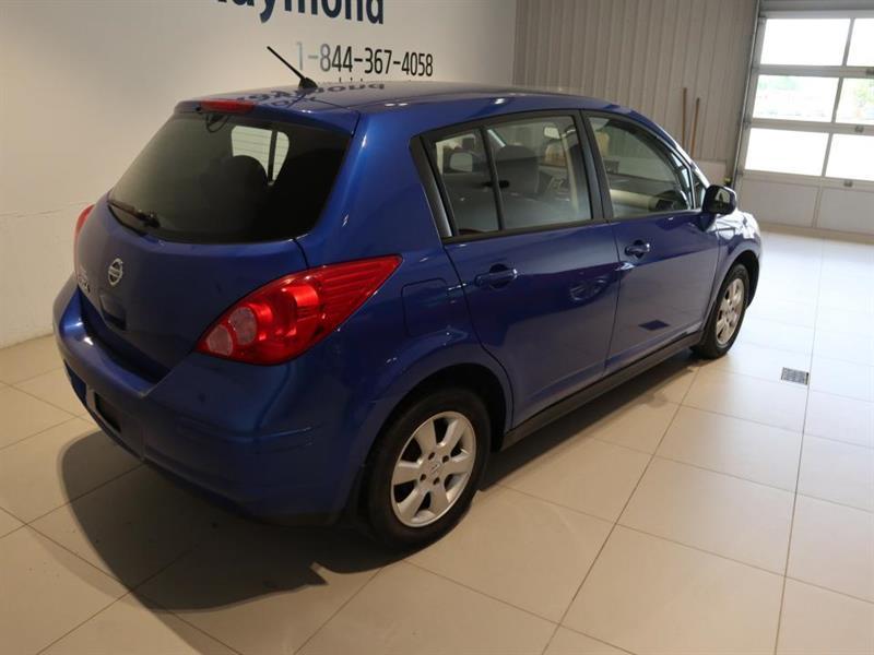 Nissan Versa 6