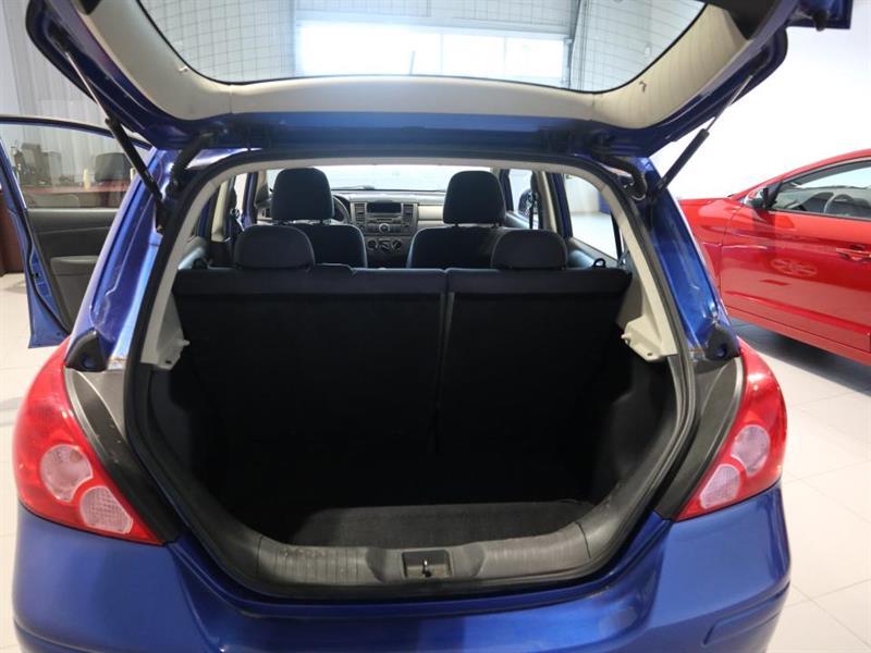 Nissan Versa 9