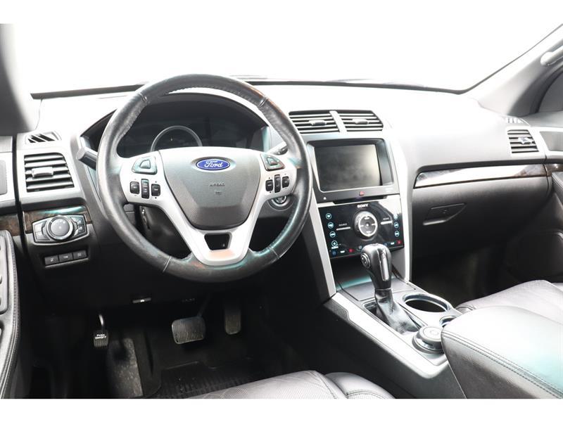 Ford Explorer 25