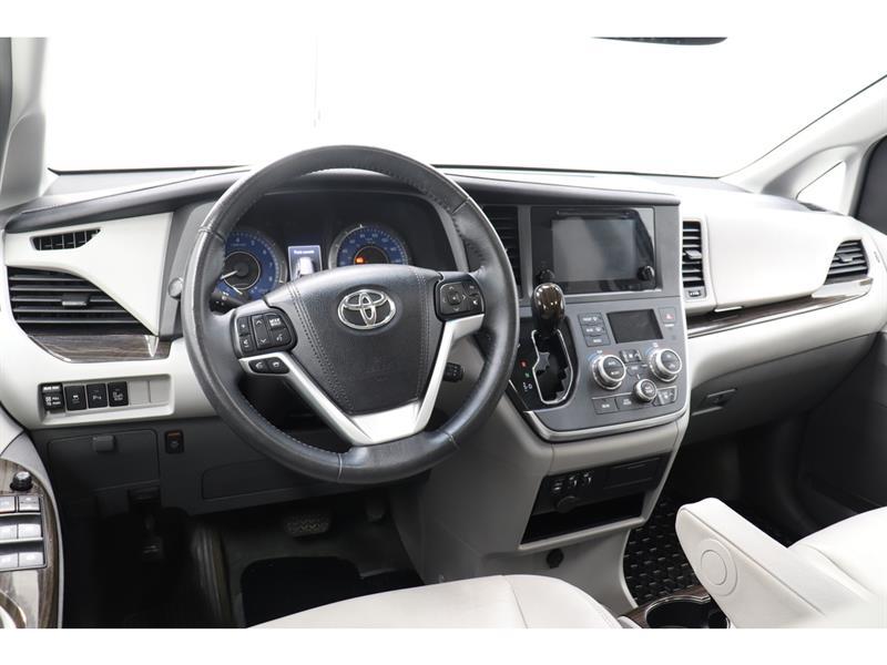 Toyota Sienna 27