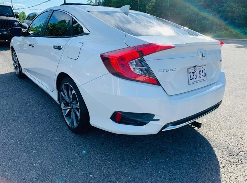 Honda Civic Sedan 29