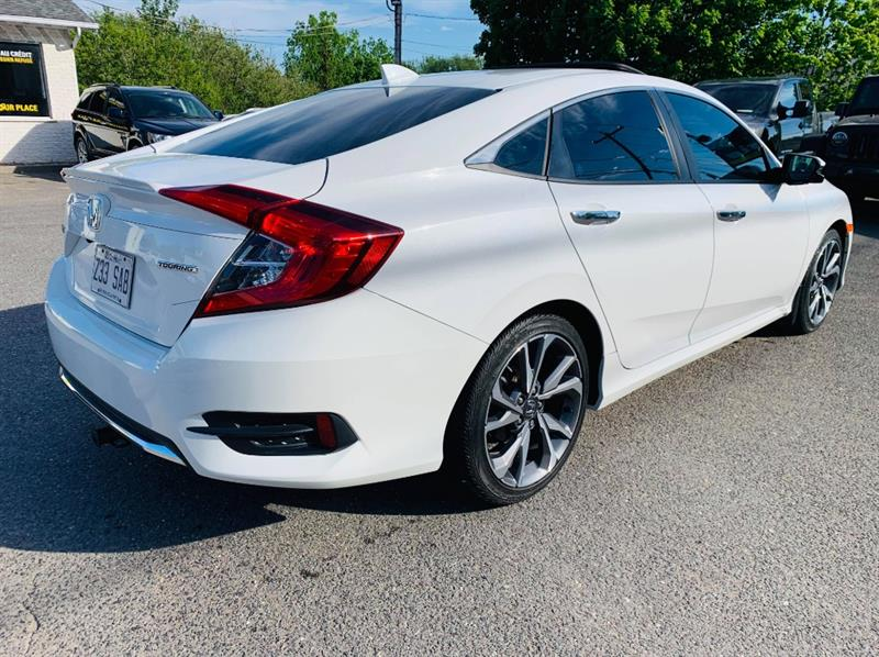 Honda Civic Sedan 31
