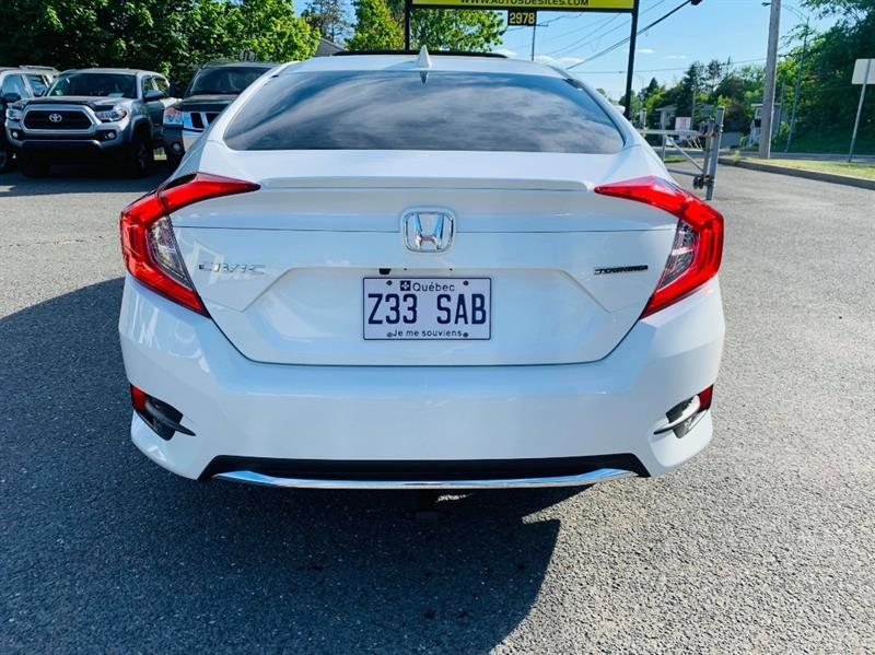 Honda Civic Sedan 32
