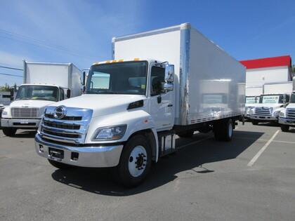 2016 Hino 338 26Ft Van Body & 3300 lb Tailgate #T11919