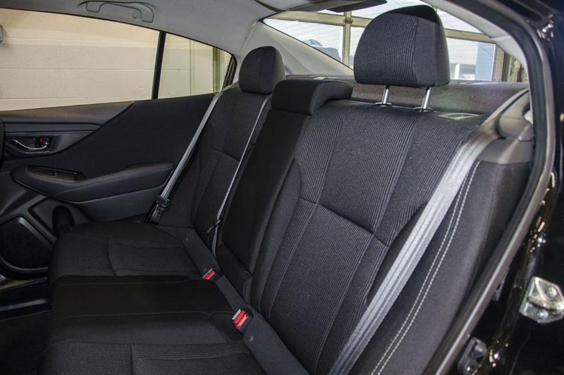 Subaru Legacy 21