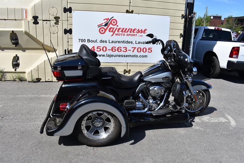 Harley Davidson FLHTCUTG TRI GLIDE 2013