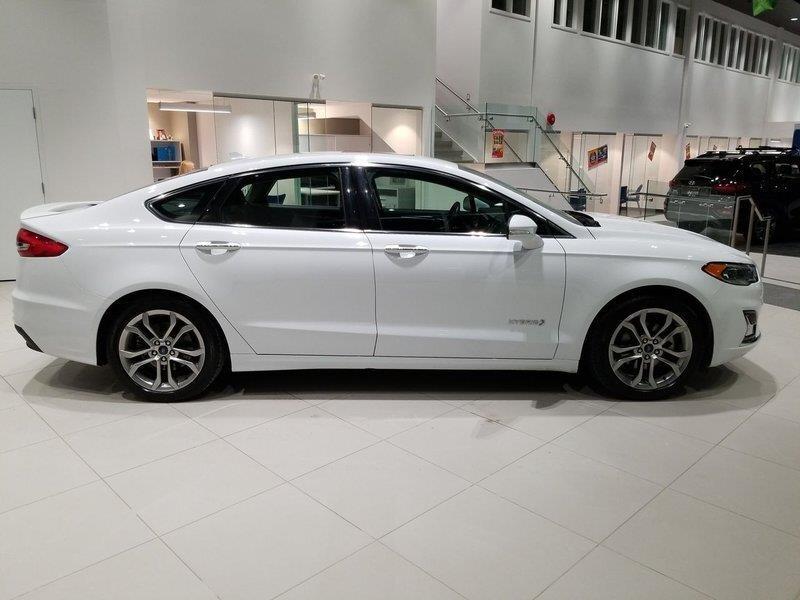 Ford Fusion Hybrid 2