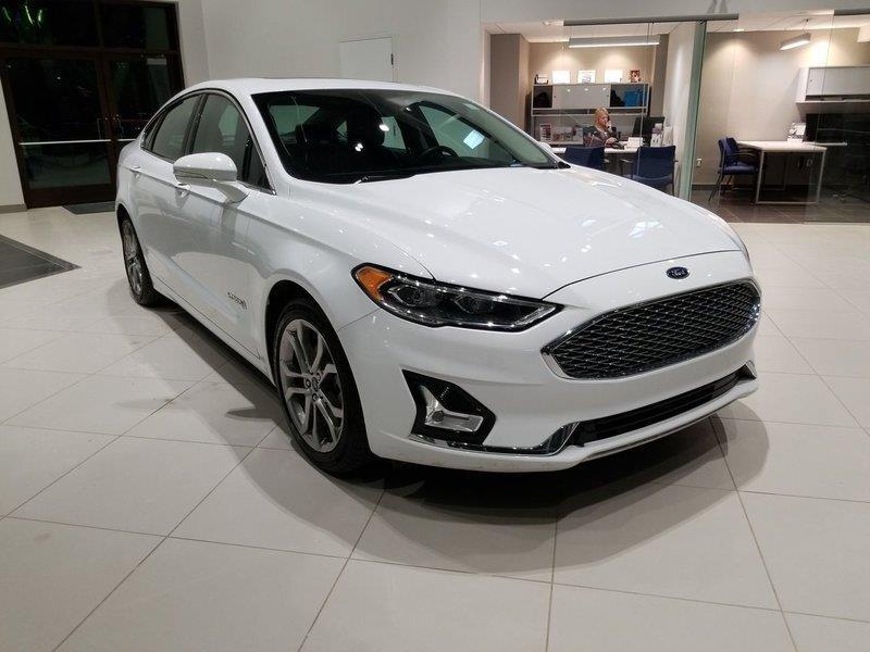 Ford Fusion Hybrid 3