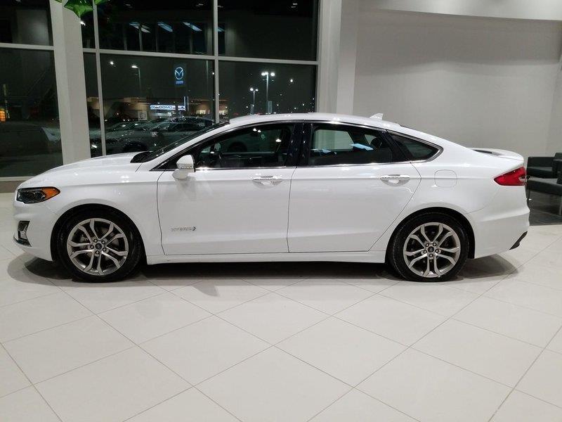 Ford Fusion Hybrid 6