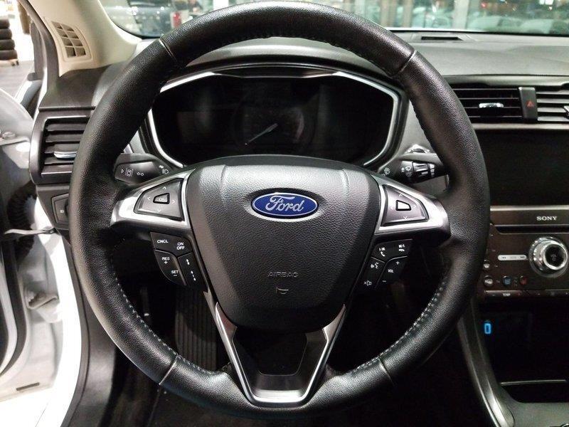 Ford Fusion Hybrid 15