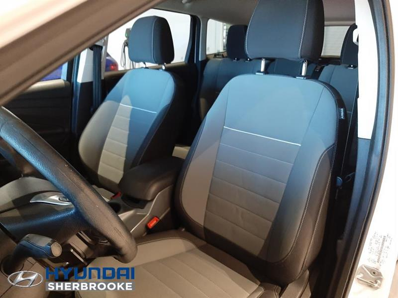 Ford Escape 16