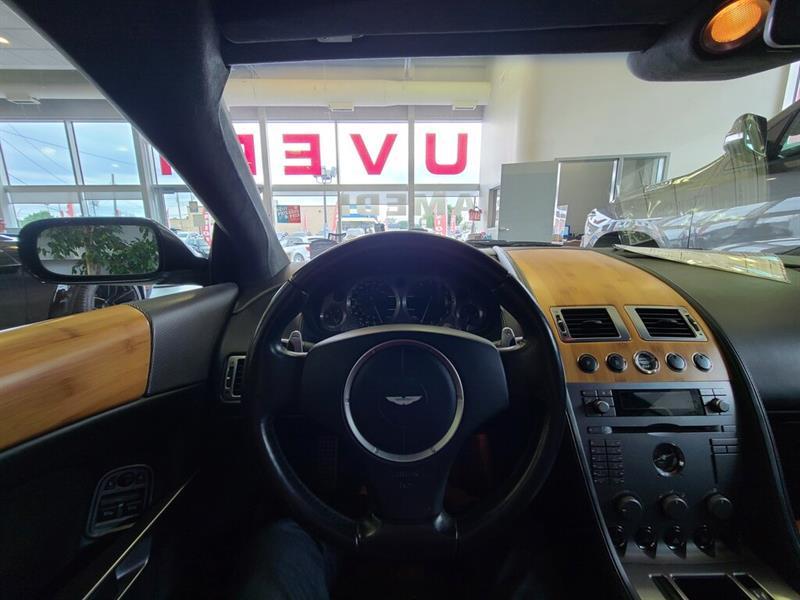 Aston Martin DB9 20