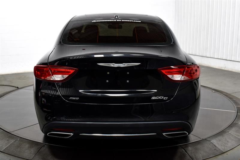 Chrysler 200 7