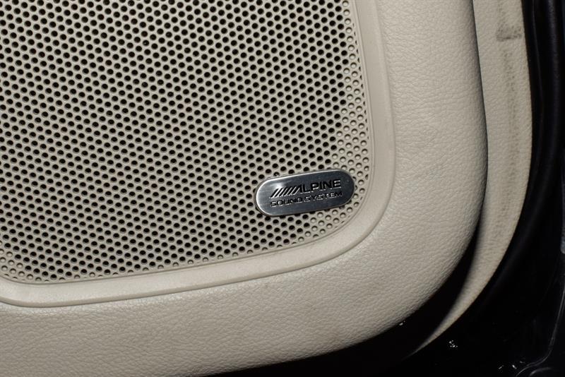 Chrysler 200 32