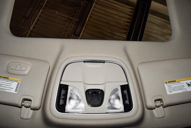 Chrysler 200 33