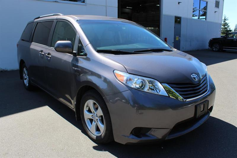 2016 Toyota Sienna FWD LE -8 Passenger. Bluetooth. #P2355 (KEY 53)