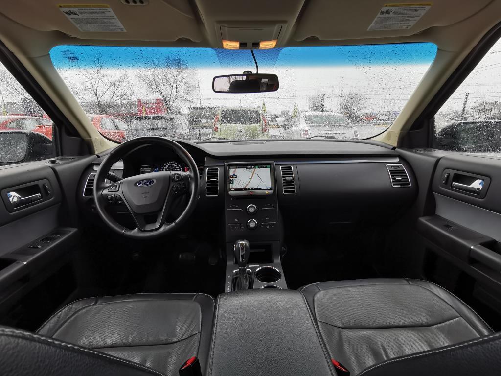 Ford Flex 9