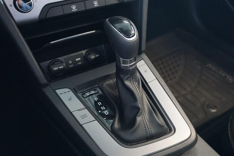 Hyundai Elantra Sedan 28